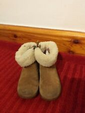 Ugg Australia brown suede girls zip up boots Size 7