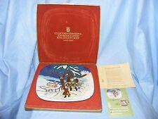 John Beswick Royal Doulton 1975 Navidad alrededor del mundo placa Noruega En Caja