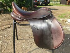 "17"" Ideal International Event VSD Beautiful English Saddle. Wide Fit. Brown."