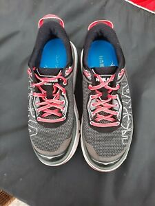 Women's HOKA One one 'Bondi 4'  7.5 US  39.5 running  athletic shoes