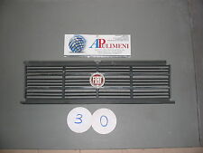GRIGLIA/MASCHERINA (FRONT GRILLE) FIAT 131 L/CL SUPERMIRAFIORI DIESEL