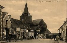 CPA  St-Jean-de-la-Motte (Sarthe) - La Place   (299346)