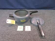 Hawkins Futura Pressure Cooker 4 Liter Pot Cooking Needs Gasket and Regulator