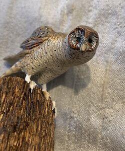 Miniature Dollhouse owl Bird Prey Trunk Carved Artist Frank Balestrum EVC17
