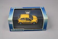 ZC1294 Universal Hobbies UH 2406 Voiture miniature 1/43 Renault Clio II La Poste