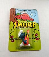VTG Guitar Playing SMURF HANDPAINTED FIGURE SCHLEICH PEYO WALLACE BERRIE 1982