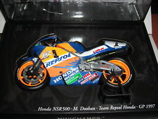 Minichamps Honda NSR500 M. Doohan REPSOL World Champion 1997 1/12 122976101