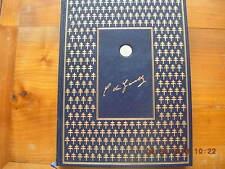 gros livre charles de gaulle 1980 1ére édition reliure peau et medaille argent
