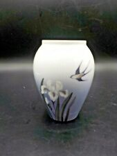 "Vtg Royal Copenhagen Barn Swallow Bird Vase #2976 271 Blue & White 4.75"" #2"
