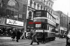 PHOTO  1958 ON THE BRIGGATE CROSSOVER 'SHOWBOAT' TRAM CAR 198 USES THE BRIGGATE