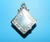 STERLING SILVER Hallmarked Makers Mark SPRING LOADED TRINKET MEMORY BOX CHARM
