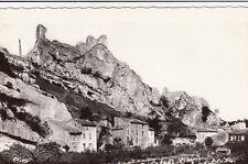ORGON ruines du château maisons