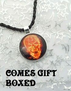 FLAMING SKULL PENDANT NECKLACE LIGHT REFLECT EFFECT GIFT BOXED 18 20 IN FAUX LEA