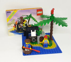 LEGO Vintage Classic Pirates Set 6260 SHIPWRECK ISLAND Complete 1989