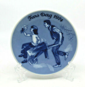 Porsgrund Norway 1974 Father's Day Fars Dag Collectible Wall Plate Man Woman
