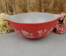 Vintage Crown Pyrex  GOOSEBERRY CINDERELLA 22cm Mixing Bowl Coral Red