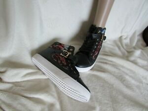 NEW IN BOX BLACK FLORAL BASEBALL BOOTS SIZE 4/37 IDEAL SHOES