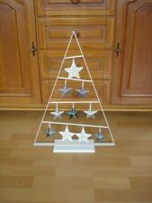Pyramide Metall weiß mit Aufhänger 10 Sterne auf Ständer Dekoartikel