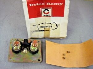 Delco Remy 1979498 Battery & Motor Terminal FeedThru Plate Assembly