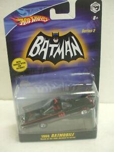 Hot Wheels Batman TV Series 1966 Batmobile  Series 2 w/ Trailer Hitch 1:50 Scale