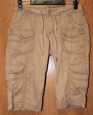 Junior Womens Beige Unionbay Flat Front Cargo Capri Pants Size 7 very good