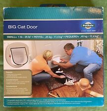 Pet Safe Pet Door Cat & Small Dogs Up To 25lbs. New