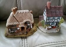 Pair of Rare Vintage Lilliput Lane Collectible Cottages