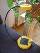 Lampe de chevet / lecture à recharge par batterie solaire même l'hiver