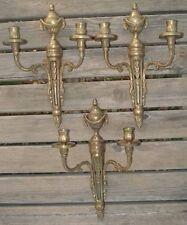 suite de Trois Appliques de style Louis XVI en Bronze