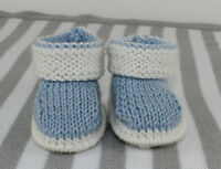 KNITTING INSTRUCTIONS-BABY 2 COLOUR BOOTIES  SHOES BOOTEES KNITTING PATTERN