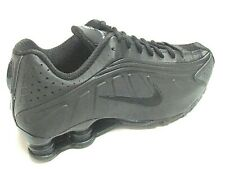 Nike Shox R4 Mens Shoes Trainers Uk Size 7 to 11   104265 044     Black