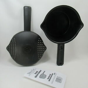 Pampered Chef Small Micro Cooker  Microwave Steamer 4 Cup 1 Quart 2776 Black USA
