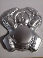 Vintage Wilton Cake Pan Cabbage Patch Kids Baby Doll  Baking Mold 2105-1984