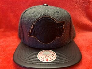 Los Angeles Lakers  Mitchell & Ness NBA Uptown snapback hat, Brand New!