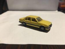 Modellino Ascona Opel Herpa