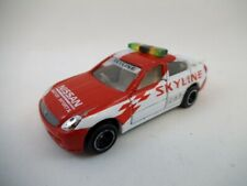 Takara Tomy Japan Diecast Tomica No.8 Nissan Skyline Safety Car