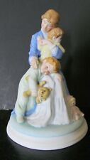 """1985 KATHY LAWRENCE """" IN A MOTHERS ARMS """" FIGURINE"""