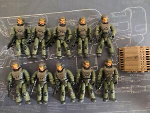 Mega Construx Halo Infinite Marine Lot w/ Weapons