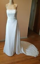 Wedding dress size 8 ivory strapless beads sequence