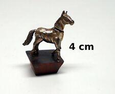 cheval miniature sur socle,collection, vitrine, paard, horse tp8-16