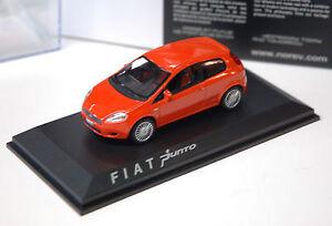 1/43ème  FIAT GRANDE PUNTO 3 PORTES ORANGE  -  NOREV référence 771064