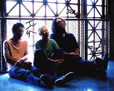 GFA Indie Rock Band * YO LA TENGO * Signed 8x10 Photo PROOF Y2 COA