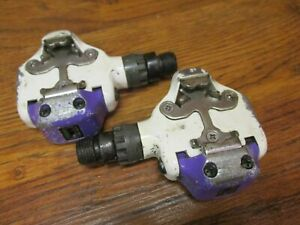 VINTAGE SHIMANO PD-A525 SPD CLIPLESS ROAD BIKE PEDALS - WHITE & PURPLE