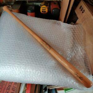 22 inch LOUISVILLE SLUGGER JOHNNY BENCH #25 BASEBALL BAT mini bat