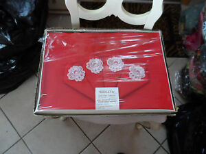 Vintage red 52 x 52 tablecloth and 4 matching napkins NIB