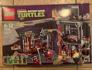 Lego Retired Teenage Ninja Mutant Ninja Turtles Set #79103  Turtle Lair Attack