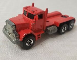 1979 Hot Wheels Peterbilt Hauler Semi Truck Tractor Vintage Red