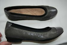 New Gray Patent Leather & Textured Nubuck Leather CLARKS Neenah Gardens Flats 9