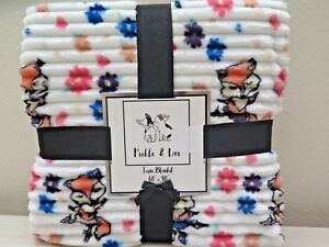 Pickle & Dot White Colorful Flowers and Foxes Soft Ribbed Twin Blanket Bedding
