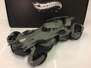 Hot Wheels Elite CMC89 Batman vs Superman Batmobile 1:18 Echelle